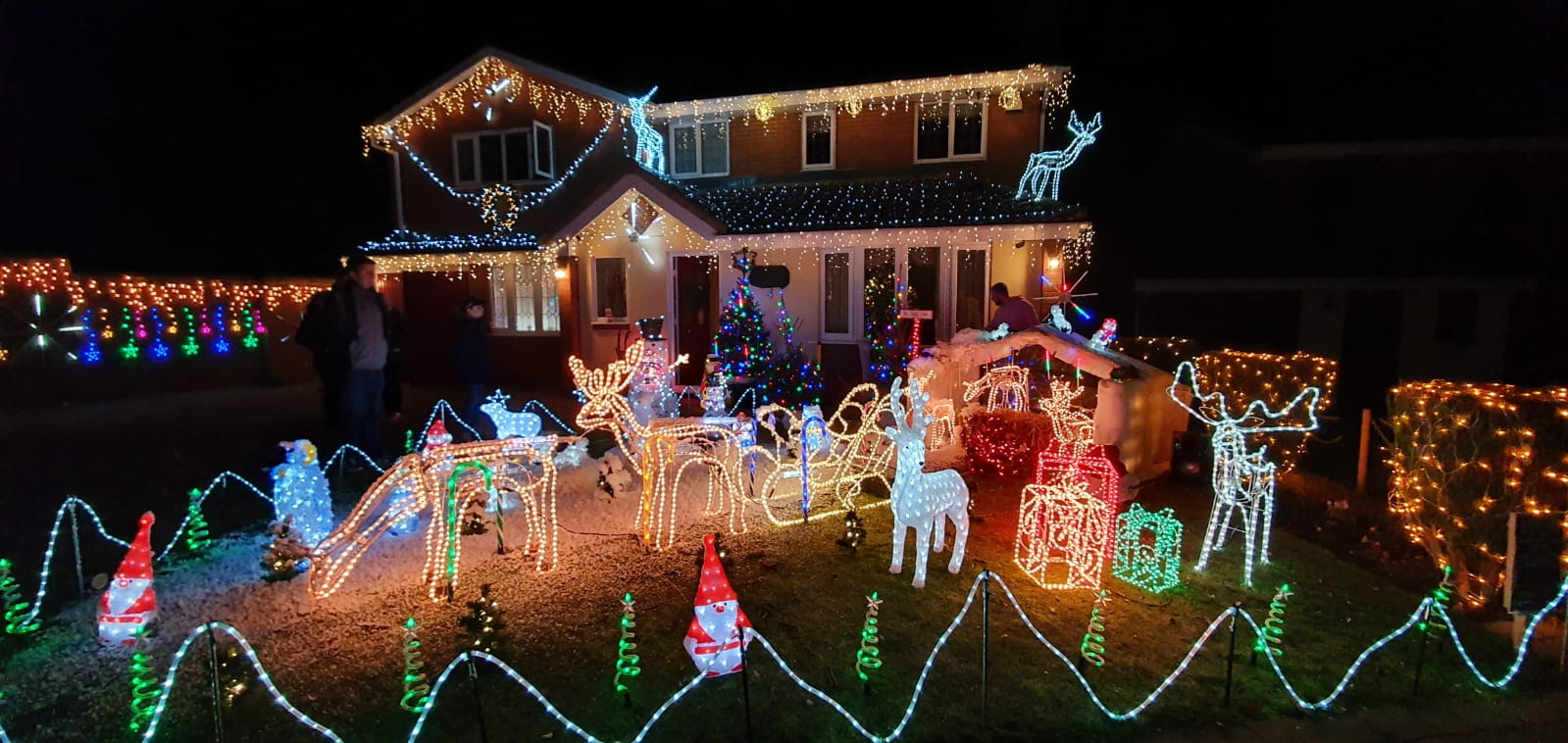 1st Front Garden Small Display - Nutt's Christmas Lights - Sutton Coldfield