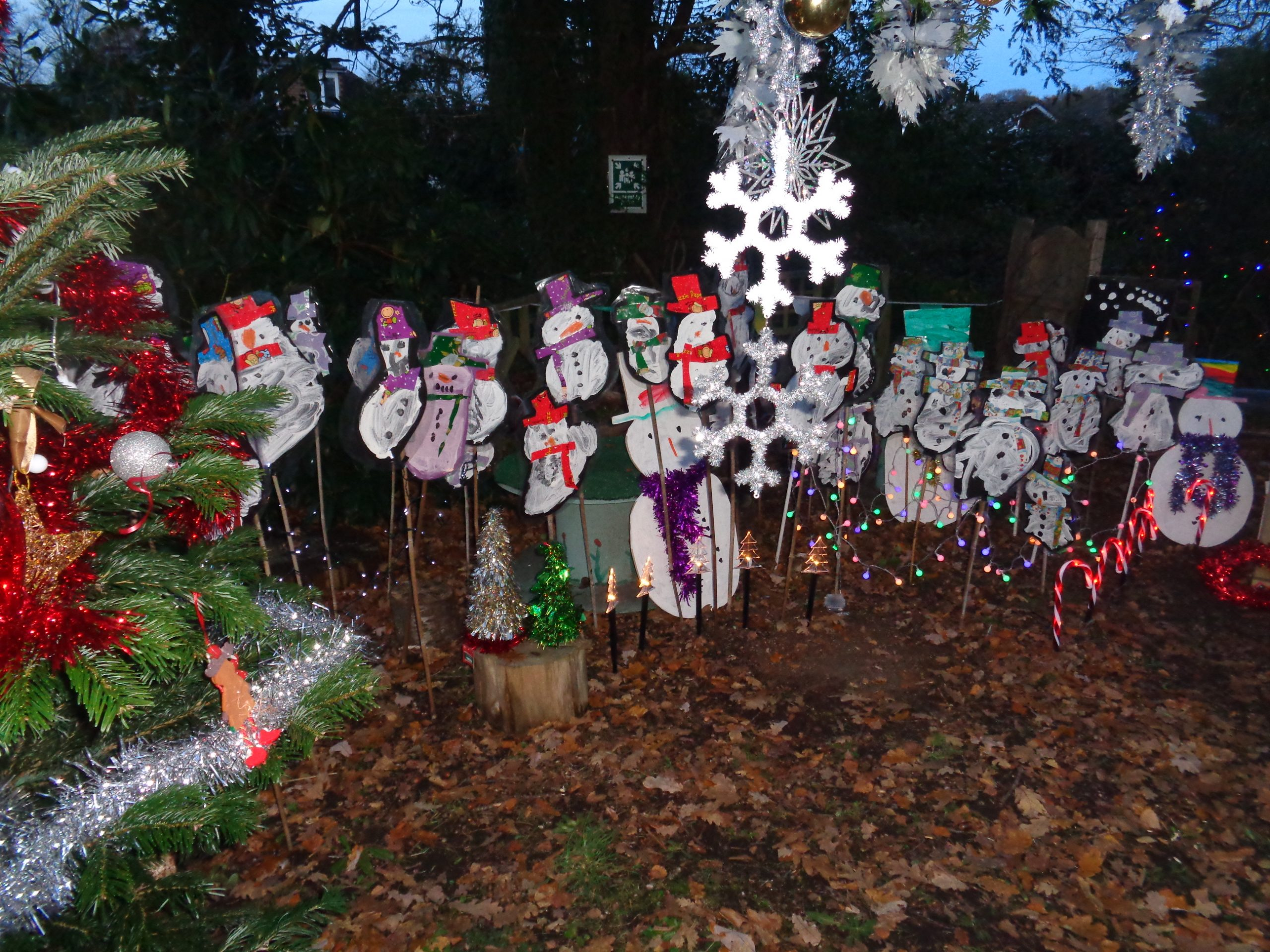 Best Children's Display Joint 1st Place - Chewton Common Playgroup